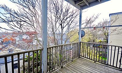 Patio / Deck, 119 Lexington St, 2