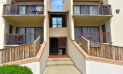Building, 10121 Prince Pl 304-10, 0