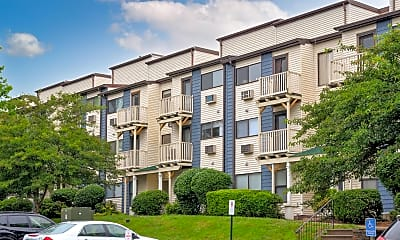 Building, Silvertree Apartments, 1