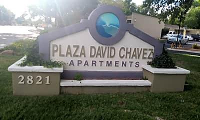 Plaza David Chavez, 1