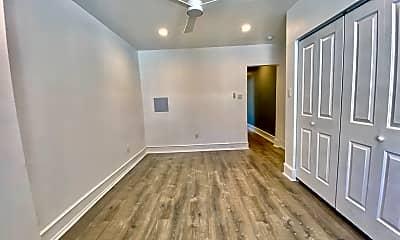 Living Room, 2532 S Broad St, 2