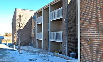 Building, Arizona Ridge, 1