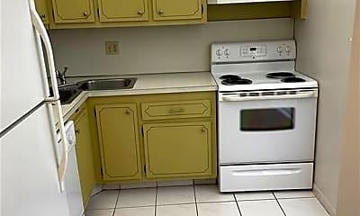 Kitchen, 6150 NW 62nd St 305, 1