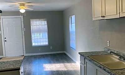 Kitchen, 4740 Stokes St, 1