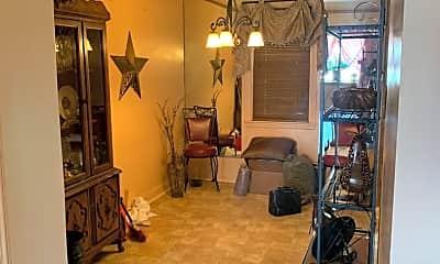 Living Room, 316 Edgewood St, 2