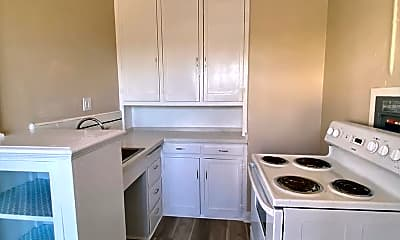 Kitchen, 3201 Beaumont Ave, 1