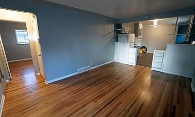 Living Room, 3320 Forest St., 0