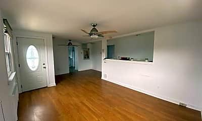 Living Room, 207 N Wilson Ave, 1