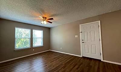 Living Room, 319 SE 3rd St 103, 1