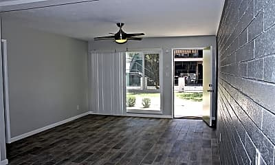 Living Room, 326 W Earll Dr, 2