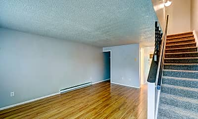 Living Room, 3550 Butternut Dr, 1