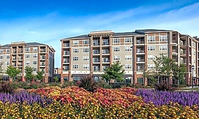 Building, LangTree Lake Norman Apartments, 2