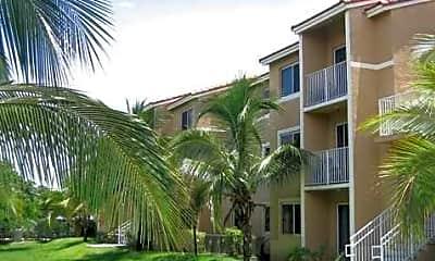 Miami Stadium Apartments, 1