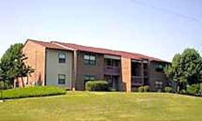 Summit Square Apartments, 1
