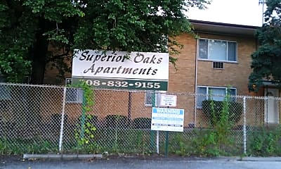 Superior Oaks Apartments, 1