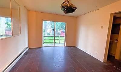 Living Room, 8 N Hudson St, 0