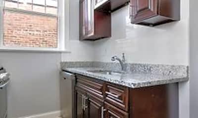 Kitchen, 1108 W Glenlake Ave, 1