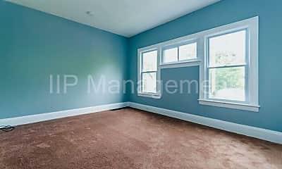 Bedroom, 3652 E 153rd St, 2