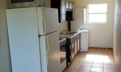 Kitchen, 2208 Canyon Dr, 2