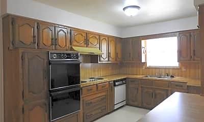 Kitchen, 138 Shadybrook Dr, 1