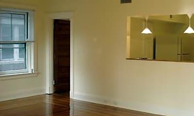Arthur Historic Apartments, 1