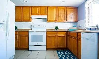 Kitchen, Room for Rent -  a 4 minute walk to bus 189, 0