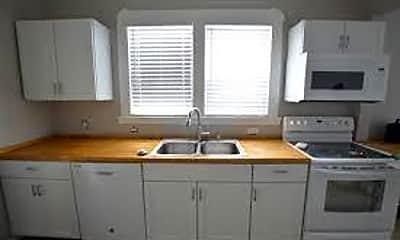 Kitchen, 1011 E Raymond St, 0