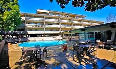 Palo Alto Place, 0