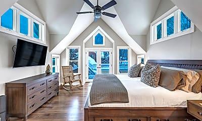 Bedroom, 633 W Main St, 1