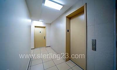 Bathroom, 2521 34th St, 2