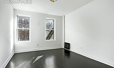 Living Room, 403 Macon St 5, 0