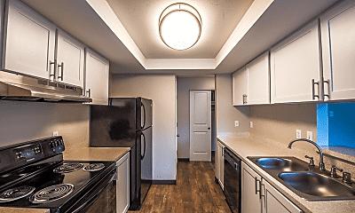 Kitchen, Pointe East, 0