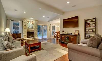 Living Room, 3418 Pinnacle Rd, 1