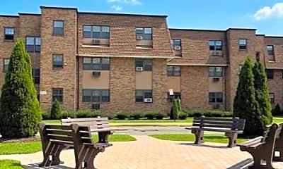 Building, 220 Meadow Ln B9, 1