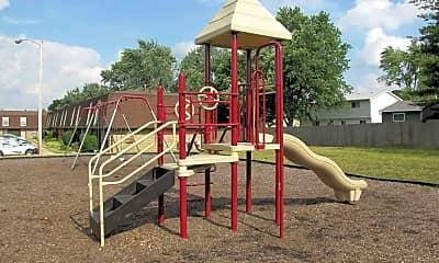 Playground, Worthington Commons, 2
