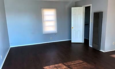 Living Room, 105 N G St, 0