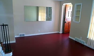 Living Room, 24400 Hawthorne Dr, 1