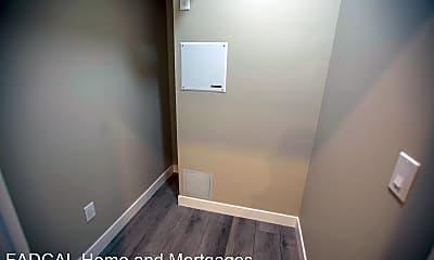 Bathroom, 1347 Jackson St, 2