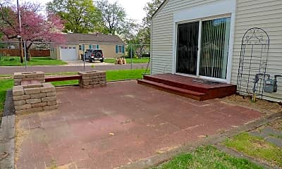 Patio / Deck, 7600 Santa Fe Drive, 2