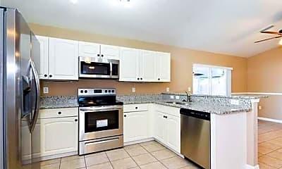 Kitchen, 2806 94th St E, 1