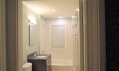 Bathroom, 13 Sheridan St, 1