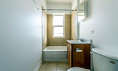Bathroom, 703 N Austin Blvd, 0