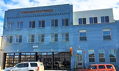 Building, 30 NE 1st Street, 0