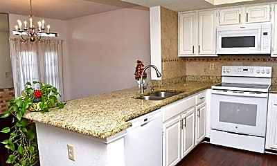Kitchen, 3410 Country Club Dr W 191, 0