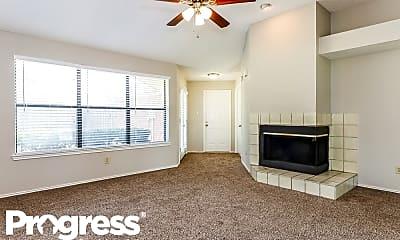 Living Room, 636 Johnson Dr, 1