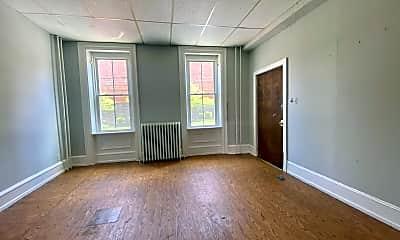 Living Room, 633 Manor St, 1