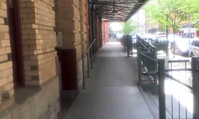 Mercantile Square Lofts, 1