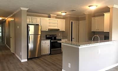 Kitchen, 148 Varsity Cir, 2