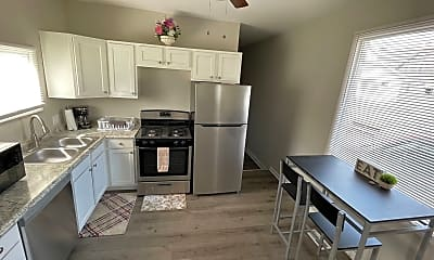 Kitchen, 2094 W 34th Pl, 1