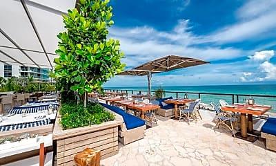 Pool, 4111 S Ocean Dr 2806, 2